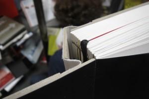 Detailreiche Einblicke in die Produktion der Buchbinderei Integralis